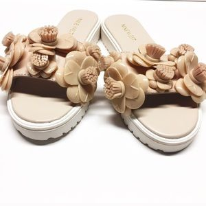 Nine West Nude Slides sz 6